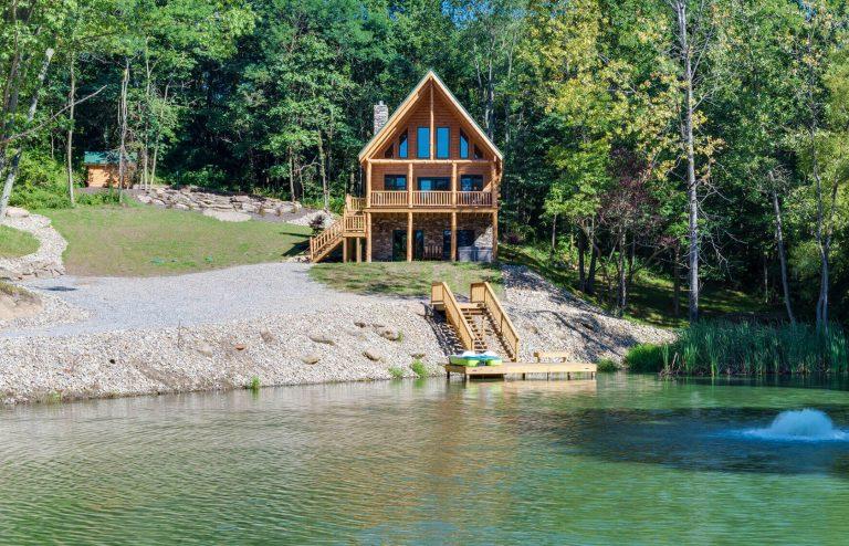 Stone Lake Lodge