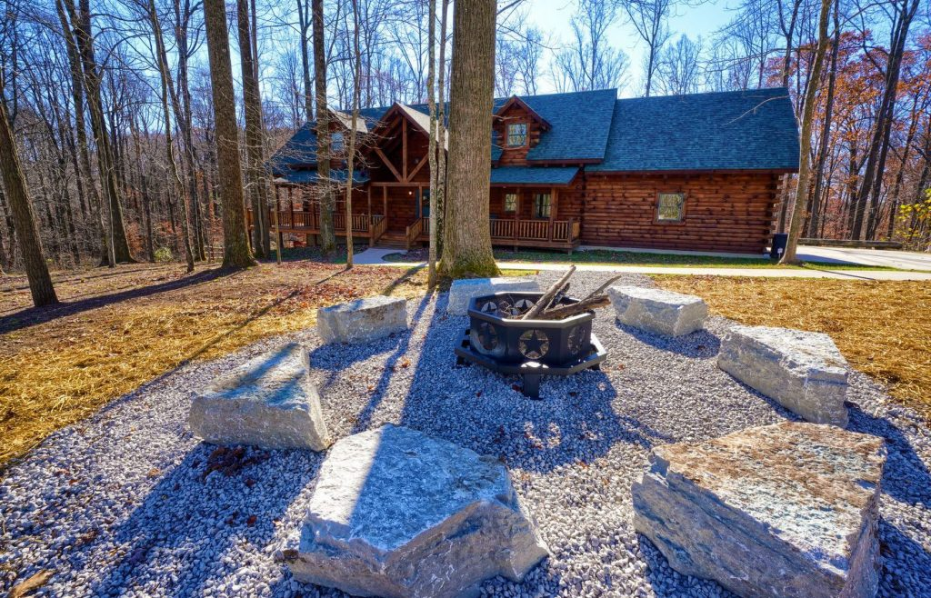 Treehouse Lodge Living Room